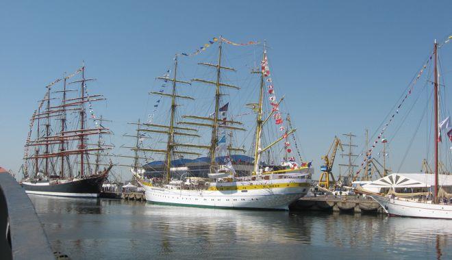 Portul Constanța găzduiește prima ediție a Forumului Național al Sectorului de Croazieră Costieră și Iahting - portulconstantagazduiesteprimaed-1632424991.jpg