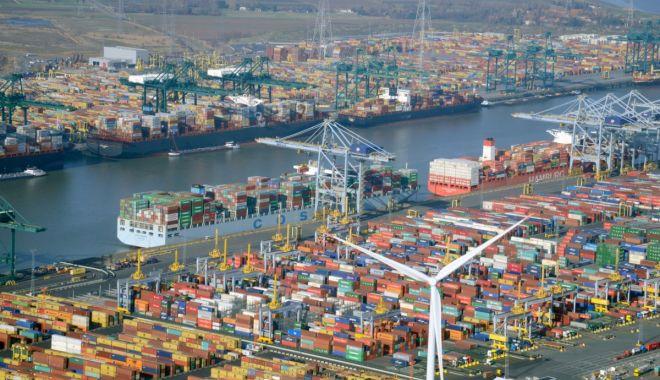 Porturile lumii - victime colaterale ale pandemiei Covid-19 - porturilelumiivictimecolateralea-1600786143.jpg