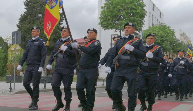 Foto: Vreți să fiți jandarmi? Mai aveți timp să depuneți cererile de înscriere