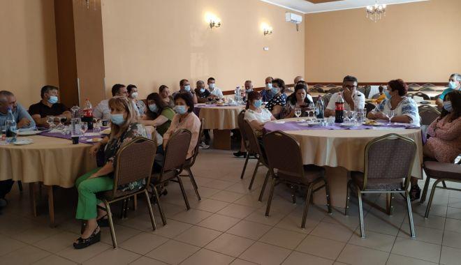 Prefectul Silviu-Iulian Coșa, întâlnire cu primari și medici de familie din zonele rurale în contextul vaccinării populației - poza1-1631717611.jpg