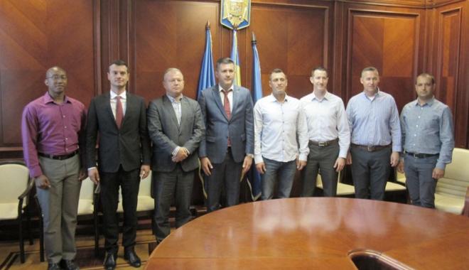 Foto: Parteneriatul româno-american, promovat la Prefectura Constanța