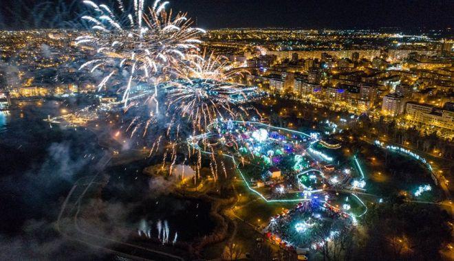 """Foto: Pregătiri pentru """"Festivalul Iernii"""". Câți bani pune la bătaie Primăria Constanța"""