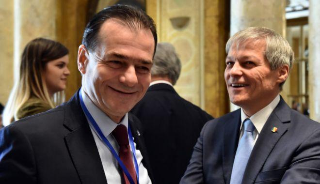 Foto: Premierul Ludovic Orban, întâlniri periodice cu Dacian Cioloș și Dan Barna