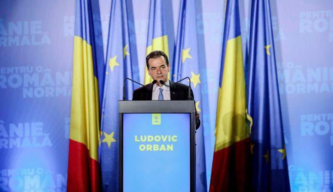 """Foto: Premierul Ludovic Orban: """"Sunt de acord cu interzicerea cumulului salariului cu pensia"""""""