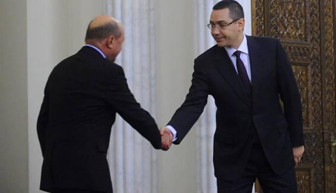 """Foto: Băsescu, atac la Iohannis pe tema coabitării cu Victor Ponta: """"Avem o golănie"""""""