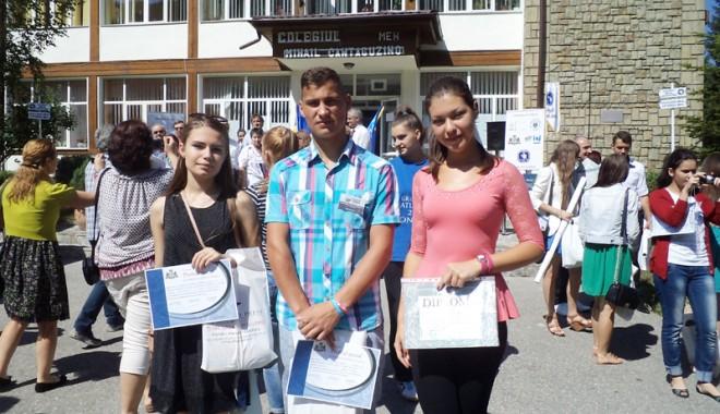 Foto: Premii speciale obținute  de elevii constănțeni