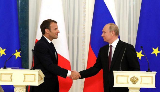 Foto: Președintele francez dorește o regândire a relației cu Rusia