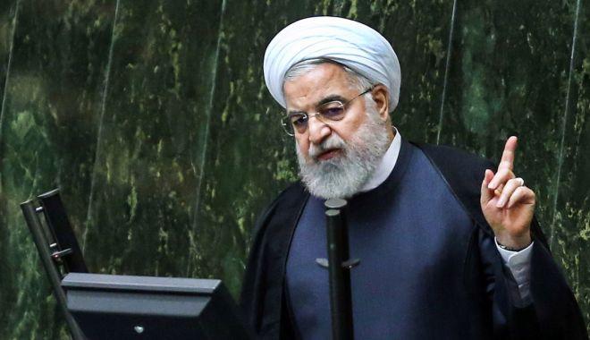 Foto: Președintele iranian cere implementarea unei legi pentru a plasa Pentagonul pe o listă neagră
