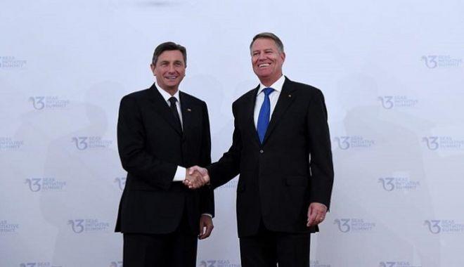 Foto: Președintele Sloveniei, primit cu onoruri militare  de Klaus Iohannis