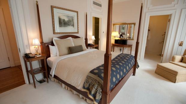 Cele mai luxoase apartamente prezidențiale din hotelurile americane (GALERIE FOTO) - presidentialsuitepalacehotelv545-1329659487.jpg