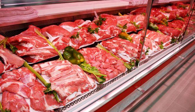 Foto: Polonia, Bulgaria și România au cele mai mici prețuri  la carne din UE