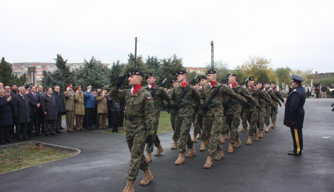 Mutare crucială a lui Trump. SUA ar putea avea o prezență militară permanentă în Polonia - prezentamilitarapolonia-1537367587.jpg