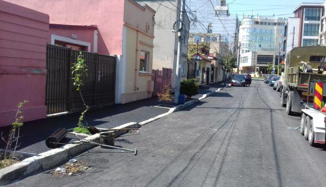 Primăria Constanța a reluat lucrările de asfaltare - primariaconstanta-1556909086.jpg