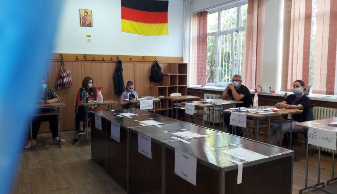 Primăria Constanța începe plata pentru cei care au lucrat în secțiile de votare - primariaconstantaincepeplata-1602607687.jpg