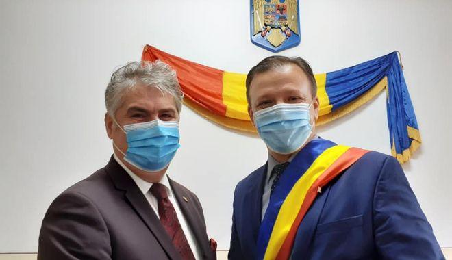 """Consiliul Local Hârşova, constituit legal. """"Pornesc în acest mandat cu gânduri pozitive"""" - primariaharsova2-1603731547.jpg"""