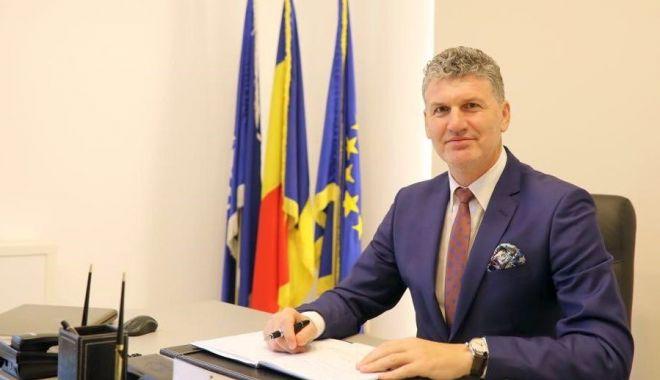 Reprezentanţii Primăriei Năvodari, deranjaţi de afirmaţiile deputatului Dănuţ Aelenei - primarianavodariflorinchelaru-1620410515.jpg