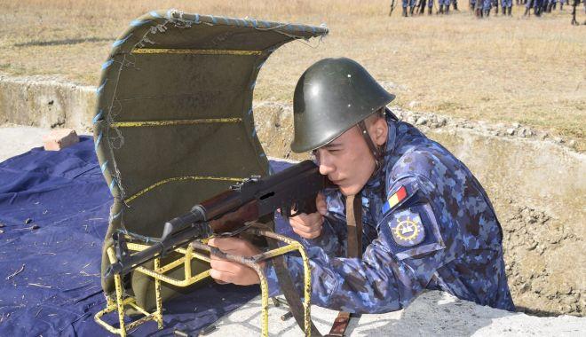 Prima sesiune de tragere, pentru elevii boboci de la Şcoala Militară de Maiştri Militari - primatragere1-1602092957.jpg