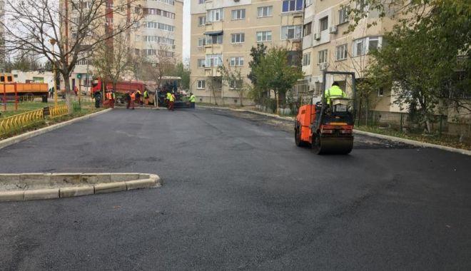 Foto: Programul de amenajare a parcărilor rezidențiale continuă