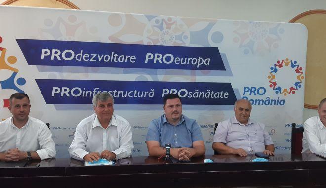Foto: Pro România și-a prezentat candidații la primăriile Lipnița, Negru Vodă și Ion Corvin