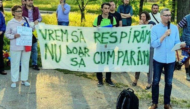 USR nu se lasă și organizează un nou protest pentru salvarea parcului Tăbăcăriei - protestusr-1525785044.jpg