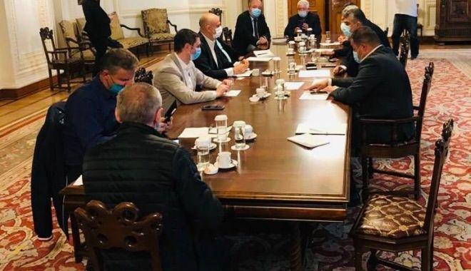 Parlamentarii PSD, vot pozitiv pentru pensionarea navaliștilor - psdcomisienavalisti-1596041529.jpg