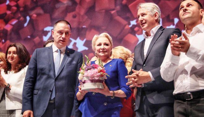"""Foto: Viorica Dăncilă, primul președinte femeie al PSD. """"Voi duce partidul spre victorie!"""""""