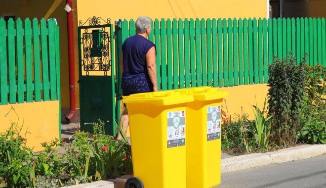 Constănțenii primesc pubele noi pentru colectarea deșeurilor - pubele3-1598553343.jpg
