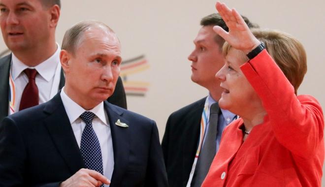 Merkel și Putin, discuție la telefon despre Coreea de Nord - putin-1505144745.jpg