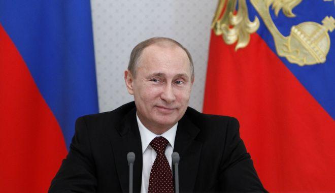 Foto: Putin critică extinderea NATO, dar spune că Rusia e gata să coopereze cu Alianța