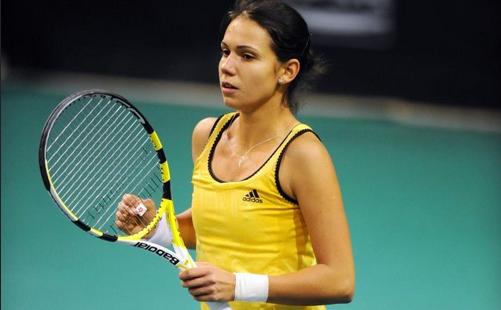 Tenis, WTA Moscova: Raluca Olaru și Nadiya Kichenok, eliminate în sferturile probei de dublu - ralucaolaru-1571242280.jpg