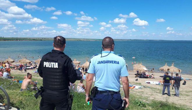 Oamenii legii, razie în cluburile și terasele de pe litoral - raziecovidpolicesursarealitatea-1597678463.jpg