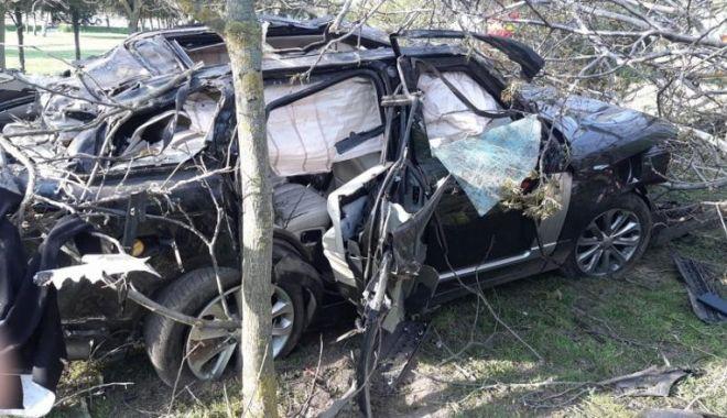 RĂSTURNARE DE SITUAȚIE în cazul morții lui Răzvan Ciobanu! Ce cale a urmat dosarul penal - razvanciobanumasinaaccident2-1575369204.jpg