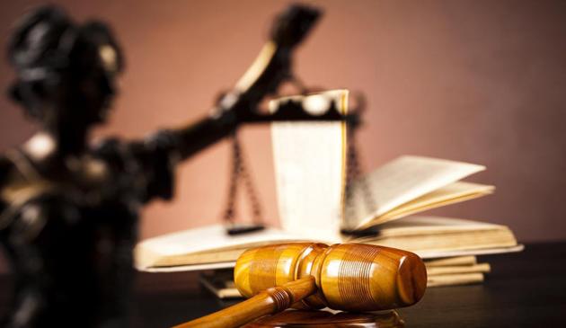 1000 lei șpagă pentru obținerea indemnizației pe caz de boală! Inculpata, trimisă în judecată - rechizitoriu-1567601366.jpg