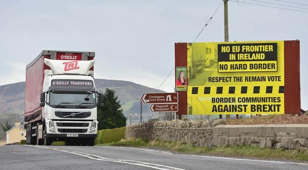 Foto: Regatul Unit va prezenta o soluție la mecanismul de siguranță de la frontiera cu Irlanda