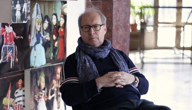 Regizorul Toma Hogea montează o nouă premieră la Constanţa - regizorultomahogeasursayoutube-1603380549.jpg