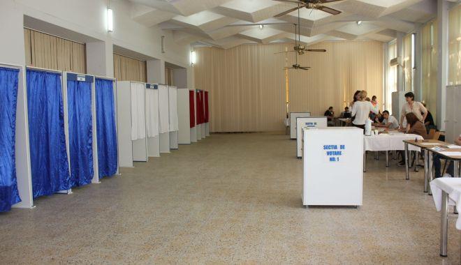 Foto: Regulile pentru centrele de votare la parlamentare, în dezbatere publică