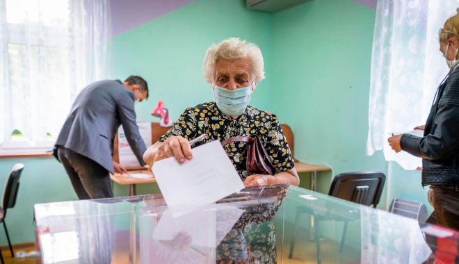 Foto: Pregătiri pentru alegerile locale din 27 septembrie. Reguli de pandemie în ziua votării