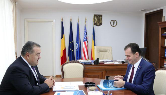Foto: Reprezentarea economică a României peste hotare trebuie încredințată camerelor de comerț