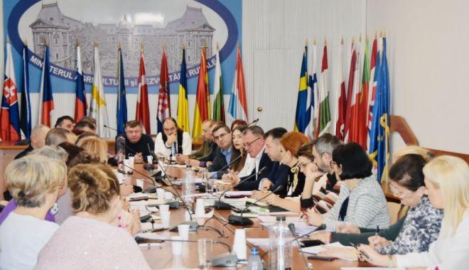 Foto: Reprezentanții agriculturii fac planuri pentru creșterea numărului produselor atestate