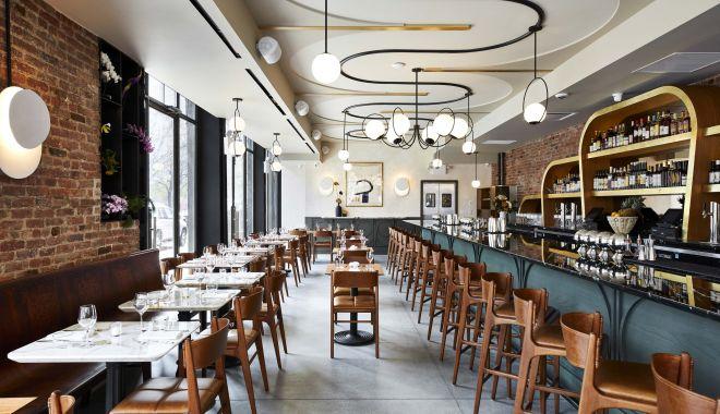 """Foto: Redeschiderea restaurantelor s-ar putea amâna. Ministrul Economiei: """"Nu pot să promit nimic"""""""