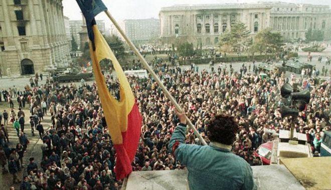 Scurtă istorie a evenimentelor din Decembrie 1989 - revolutia-1608302344.jpg