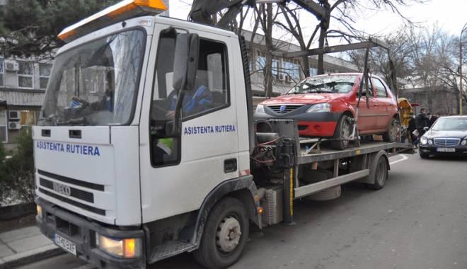 CONSTANȚA FACE EXCEPȚIE? Mașinile ar putea fi ridicate în continuare. Poliția Locală a găsit o portiță în lege - ridicaremasiniilegal-1432571645.jpg