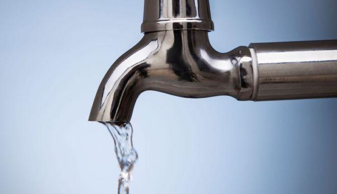 Foto: Eforie Nord, fără apă la robinete, din cauza unei avarii