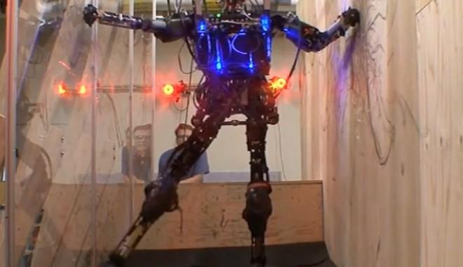 Foto: VIDEO. Terminator devine realitate! Iată Robotul care va înlocui soldații
