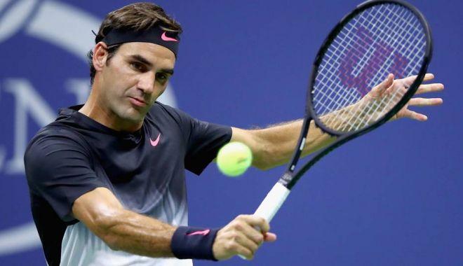 Foto: Roger Federer cucerește al 6-lea trofeu la Australian Open