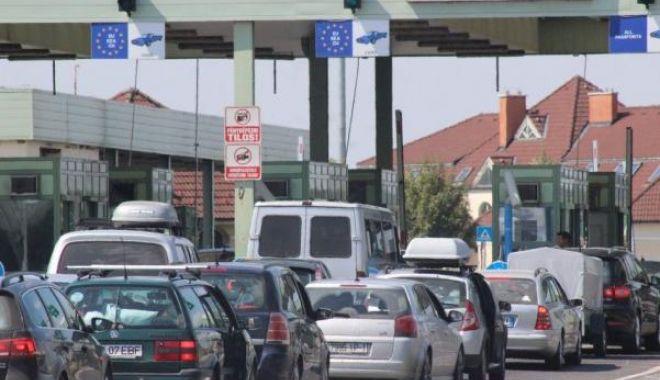 Foto: Aglomerație la graniță. Românii pleacă înapoi la muncă, în străinătate