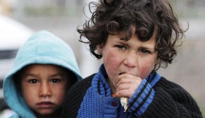 Foto: Grecia, CONDAMNATĂ la CEDO din cauza romilor