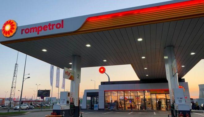 Foto: Rompetrol lansează serviciul Cashback în stațiile sale din România