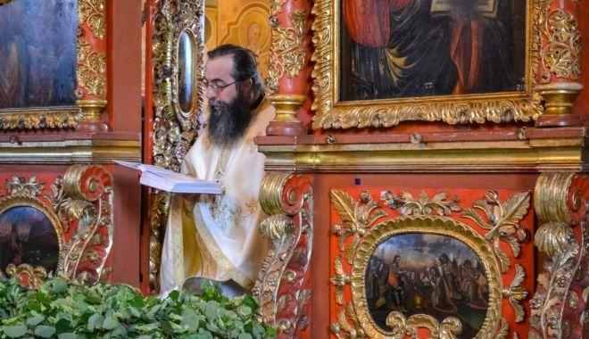 Sărbătoare mare pentru creștini: Duminica Rusaliilor - rusaliisursadoxologia-1591197553.jpg