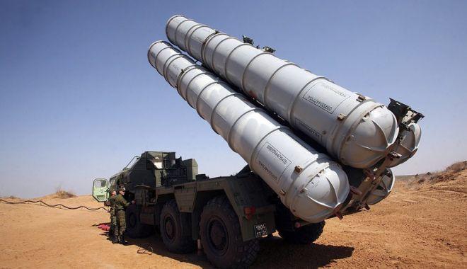 Foto: Rusia a livrat Siriei un sistem de rachete S-300